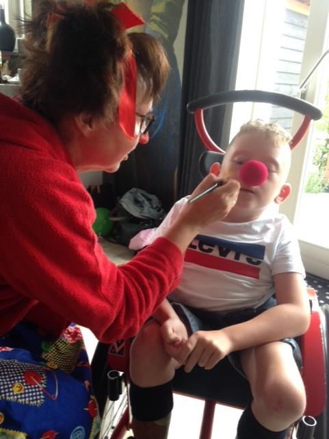 schminken tijdens kinderfeestje.jpg
